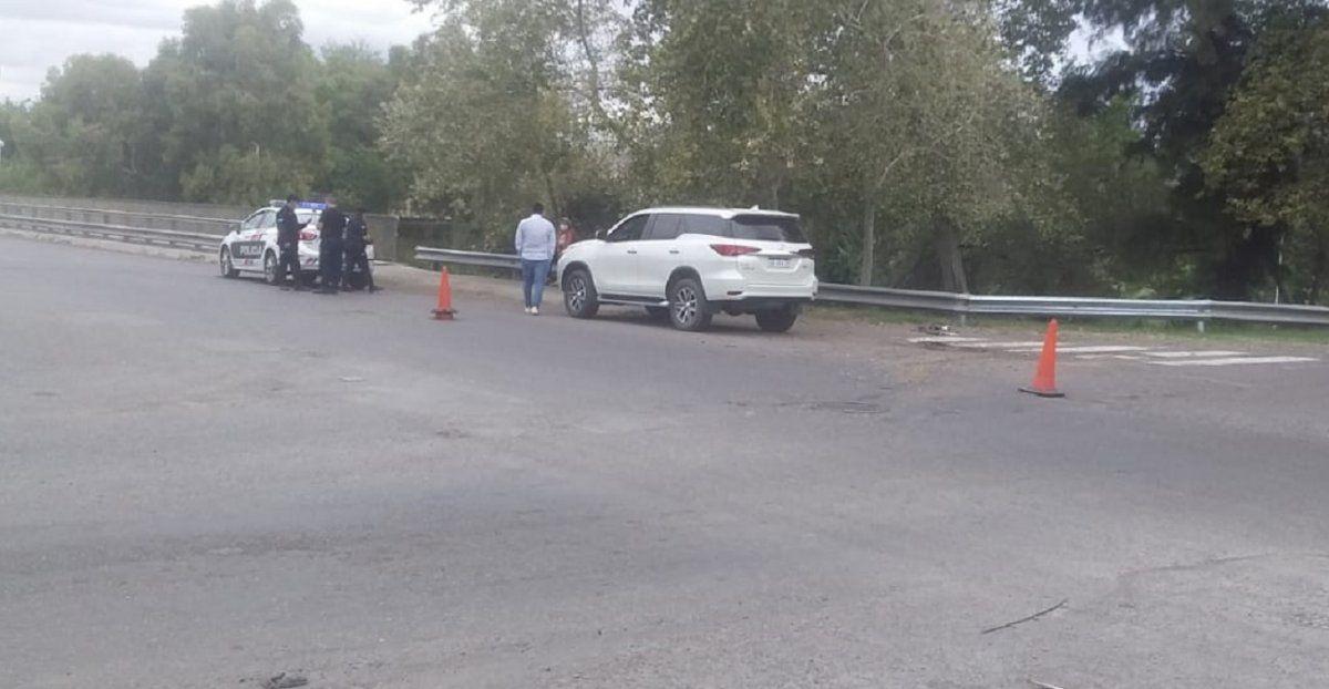 Accidente en Capital: un conductor hospitalizado y derrame de combustible