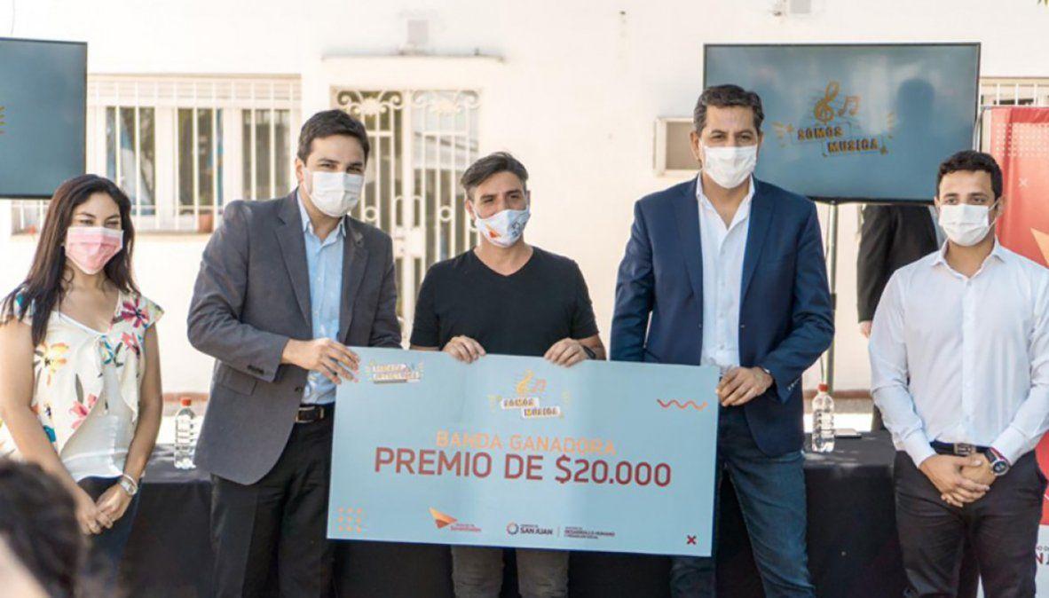 """Entregaron $1.000.000 a los artistas ganadores de """"SomosMúsica"""""""