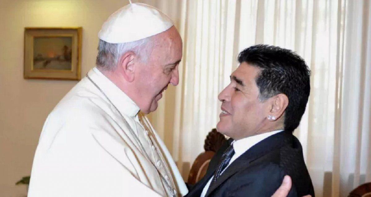 Francisco: Maradona fue un poeta en la cancha pero también un hombre frágil
