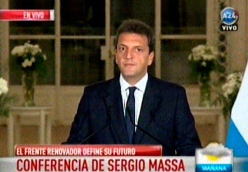 Massa anunció que seguirá adelante con su precandidatura a la Presidencia