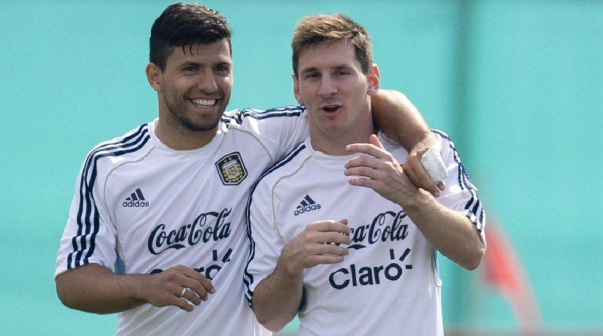 Agüero y Messi jugarían juntos en el Barcelona.