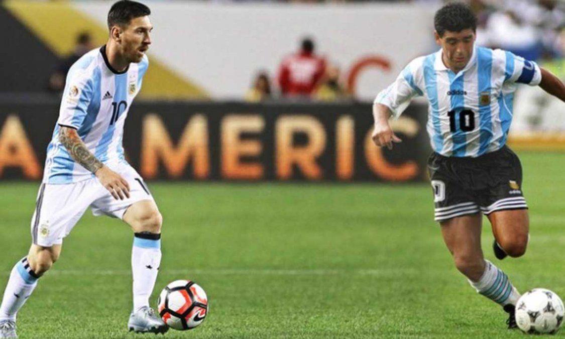 Messi y Maradona en el Balón de Oro 2021.