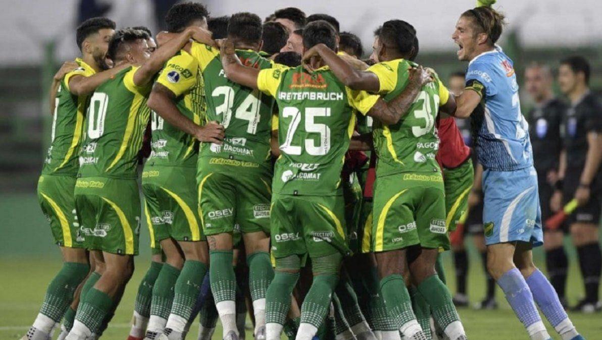 Defensa ganó y clasificó a semifinales de la Sudamericana