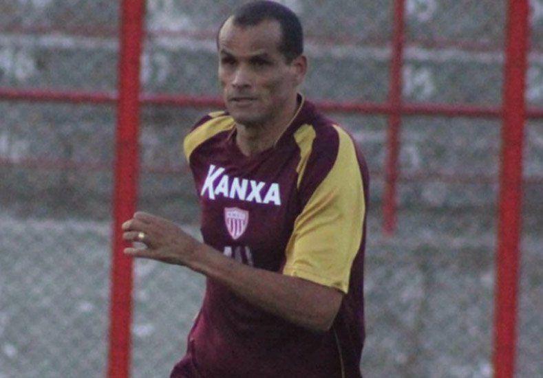 Un crack: Rivaldo vuelve al fútbol para salvar a su equipo del descenso