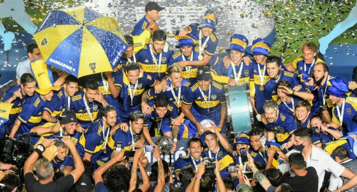 Boca festejó en el Bicentenario con la obtención de la Copa Maradona. Foto: Adrián Carrizo.