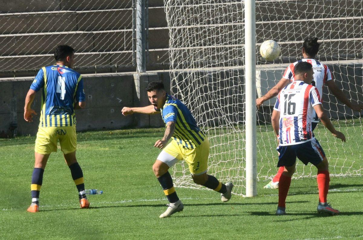 El Bohemio perdió 2-1 en el Bicentenario