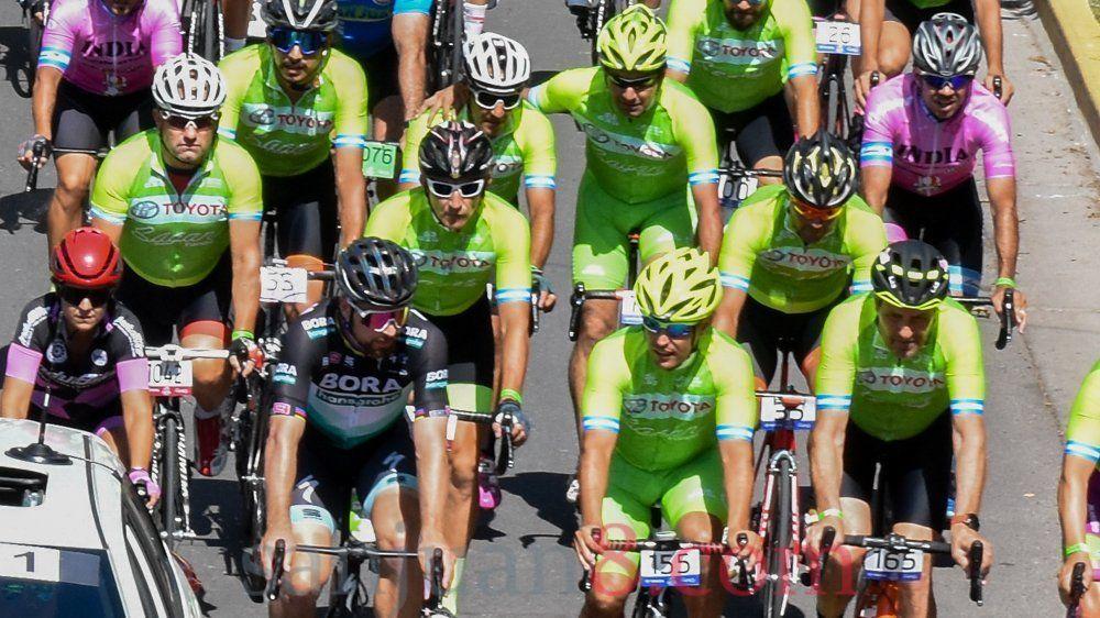 500 ciclistas disfrutaron de la edición especial de la Sagan Fondo