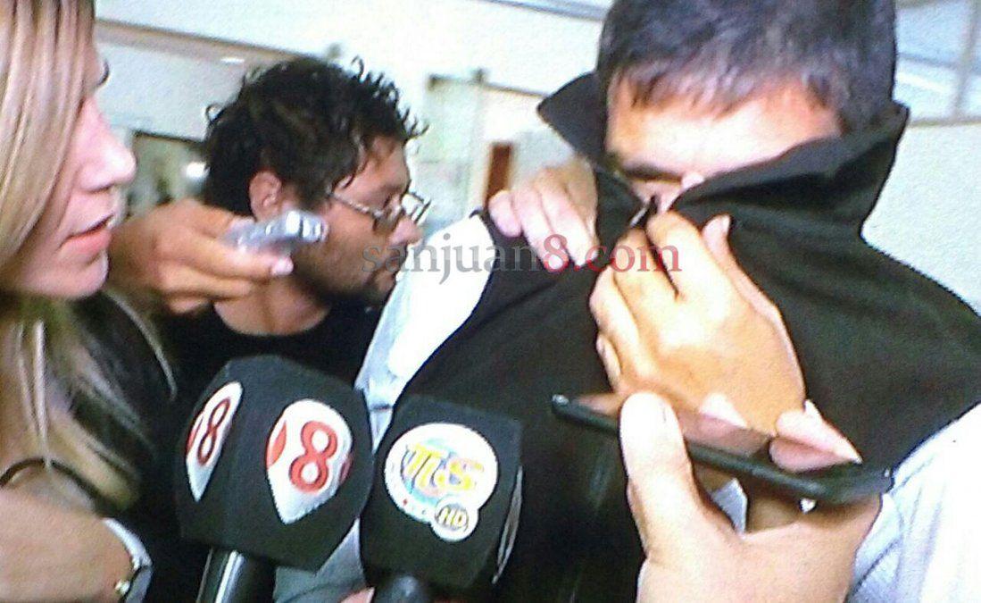 Otra denuncia contra el ginecólogo: acusó a su tío de abusarla y cayó en manos de Martínez