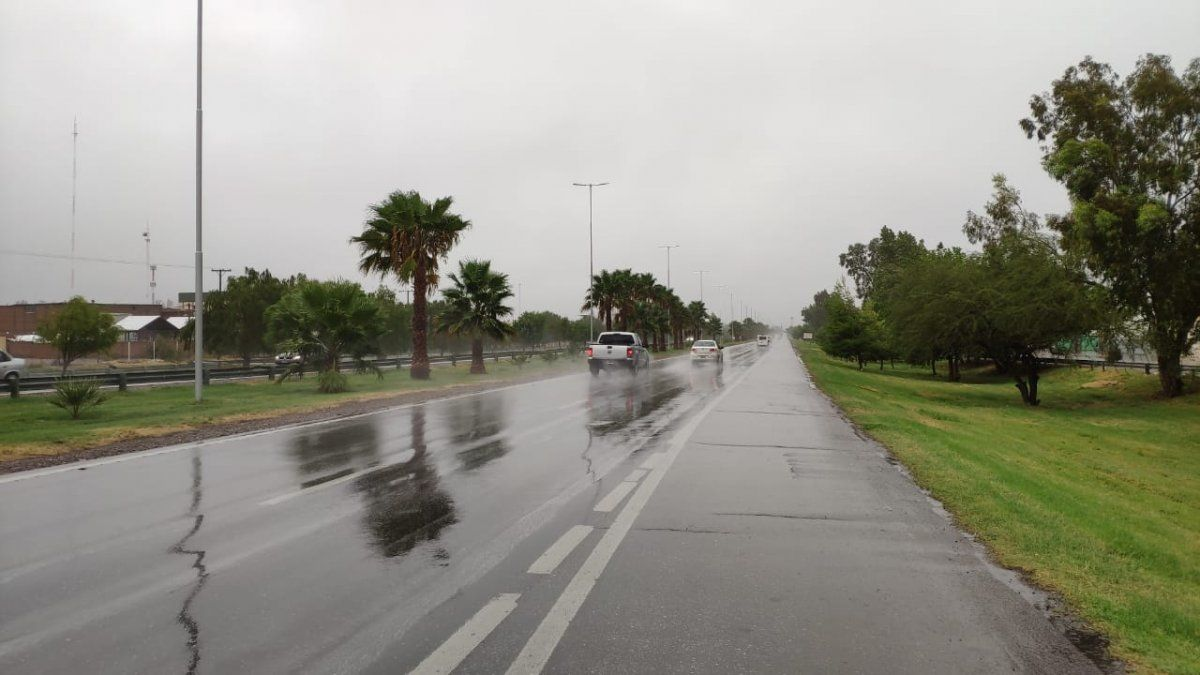 La lluvia llegó para quedarse varios días en San Juan