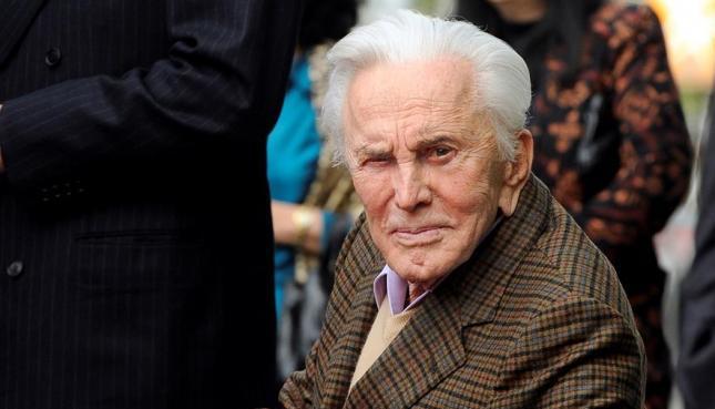 Adiós a una leyenda: Kirk Douglas murió a los 103 años