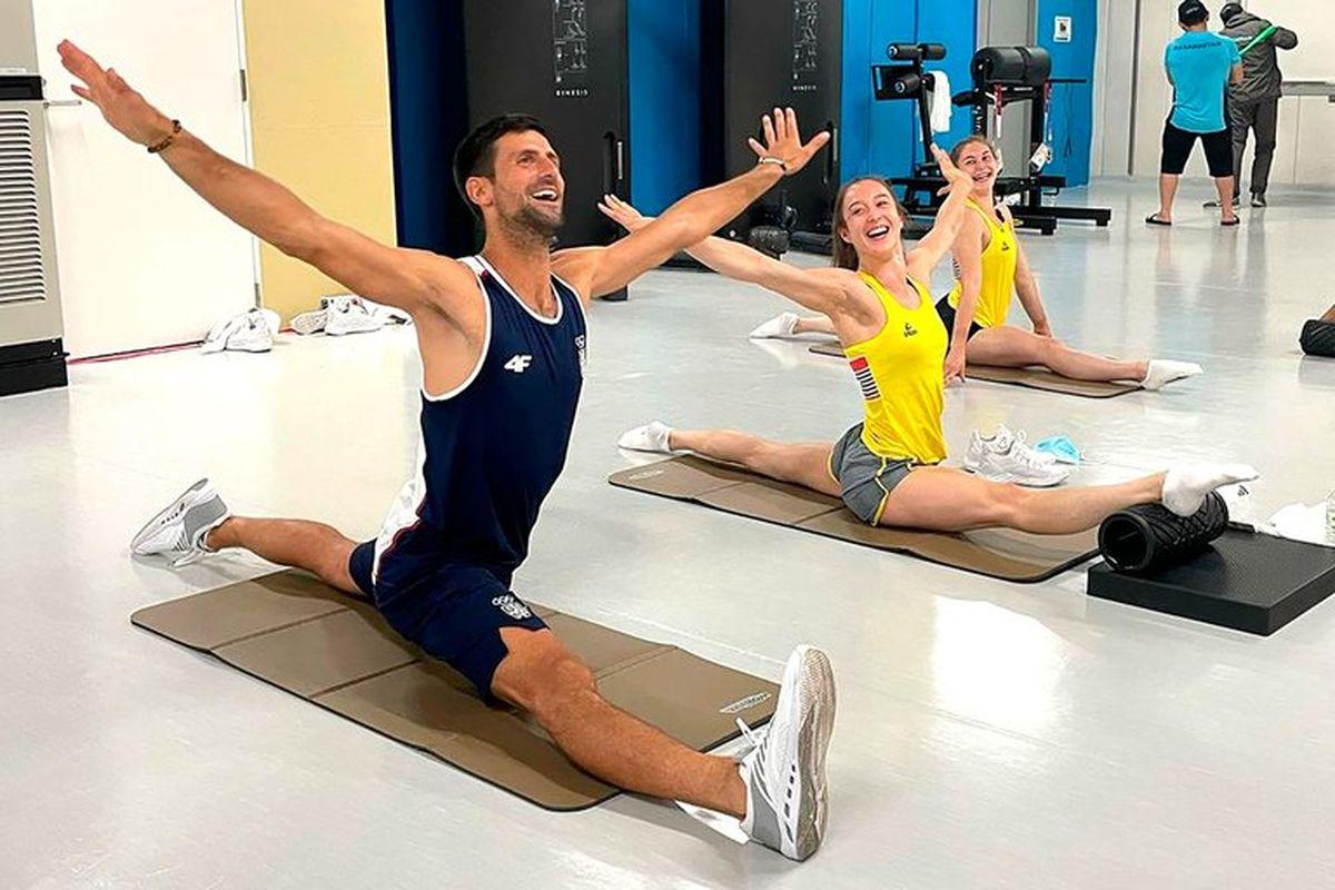 Djokovic es furor en las redes por sus ocurrencias en la Villa Olímpica