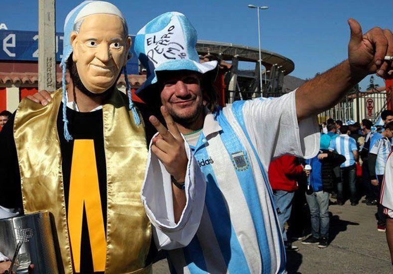 Clima de Copa: Los argentinos llevaron el color y revolucionaron a La Serena