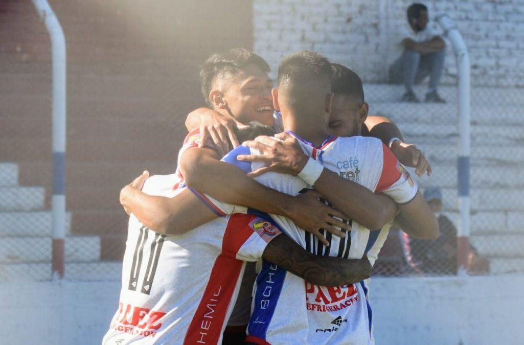 Peñarol tiene plantel definido para viajar a Río Negro