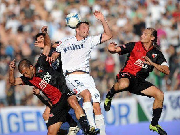 Colón vs. Quilmes y Arsenal vs. Olimpo son los adelantos de la 3ª del Inicial
