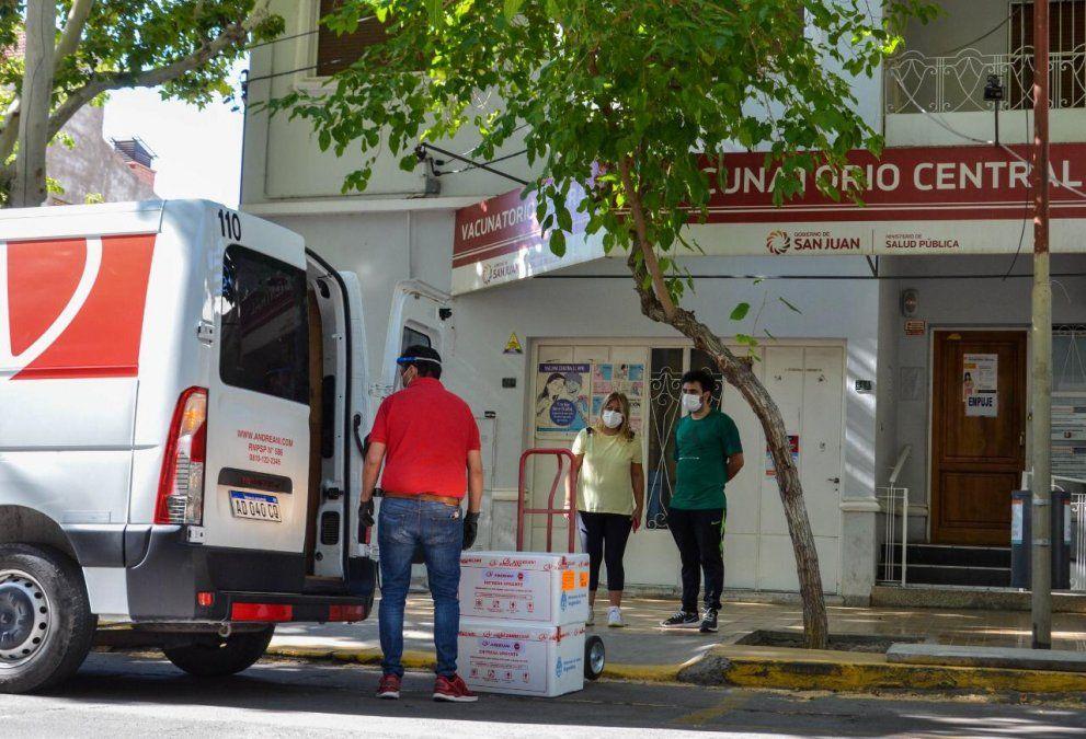 Se espera la llegada de 19.500 nuevas dosis de Astrazeneca a San Juan