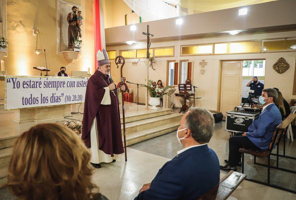 Pocito: Uñac elevó una plegaria a Santa Bárbara en una misa inédita