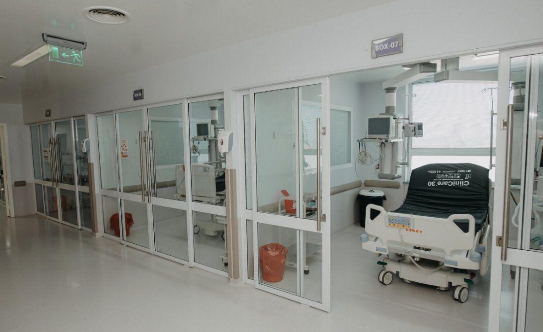 Hay 239 internados por Covid-19 y 80.3% de ocupación en terapia