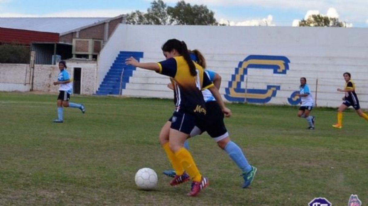 Los clubes de fútbol y futsal no regresarán a los entrenamientos
