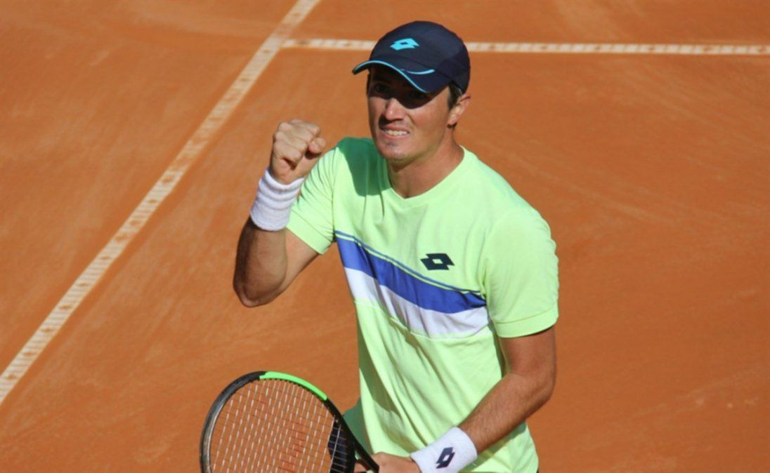 Agustín Velotti clasificó a octavos de final del Challenger de Salinas.