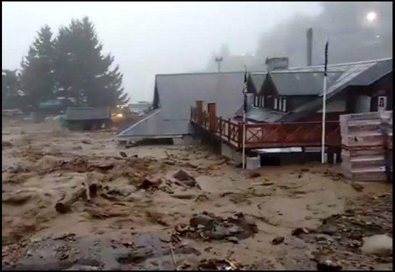 Desastre Natural en Bariloche: un alud mas lluvias intensas cortaron la ruta
