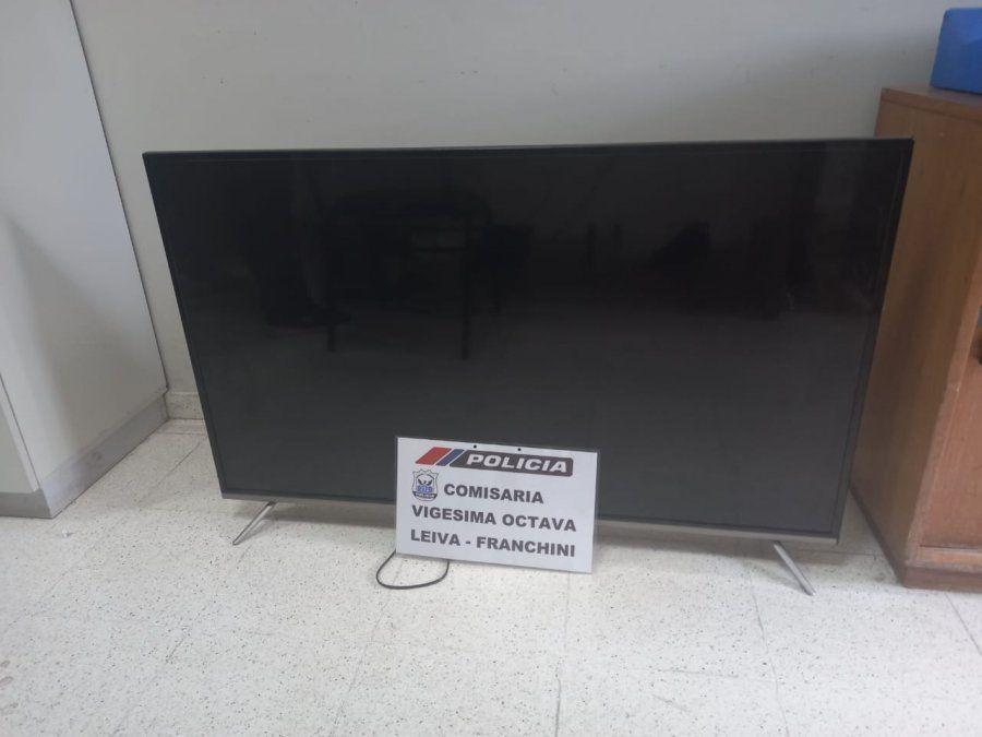 El televisor por el cual fue detenido Walter Fernando Cano Delgado.