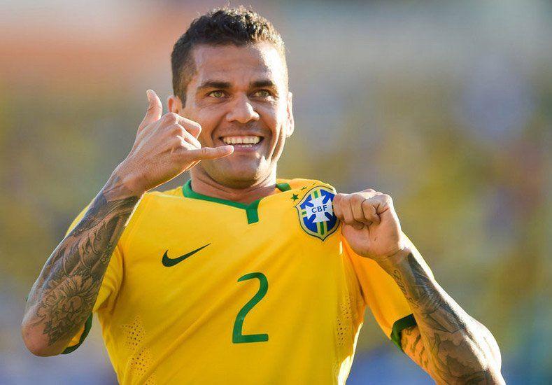Llamado de urgencia: Dani Alves jugará la Copa América por la lesión de un compañero