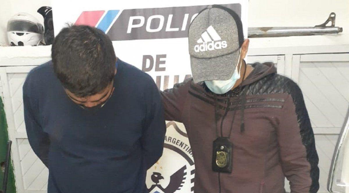 Robó en la casa de un vecino y fue detenido por vender los objetos por Facebook