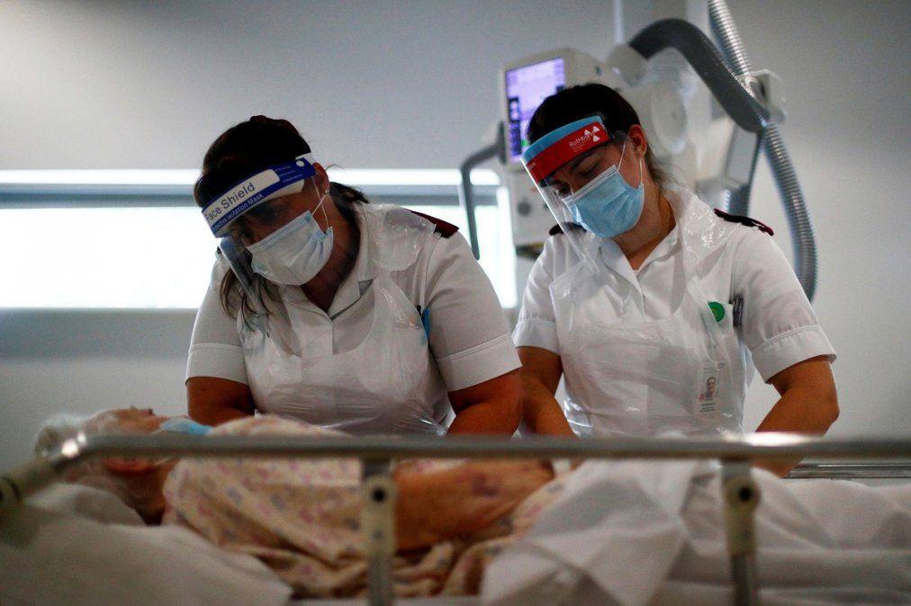 Se reportaron 242 muertos y 7.671 nuevos casos de coronavirus en la Argentina