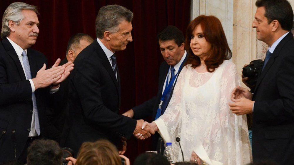 CFK se refirió al saludo con  Macri durante la ceremonia de asunción de Alberto Fernández