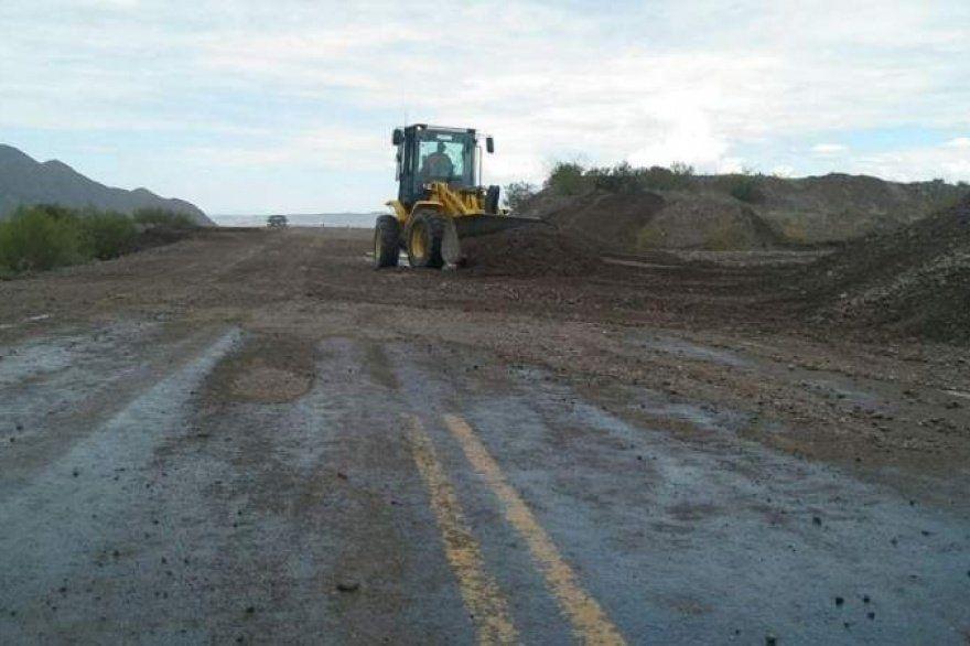 Atención: un tramo de la RN 40 quedó complicado por presencia de material de arrastre