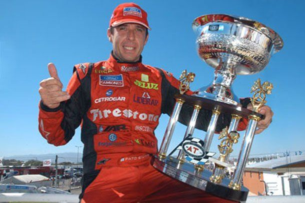 Ford confirmó a sus tres pilotos para la temporada de TC 2000