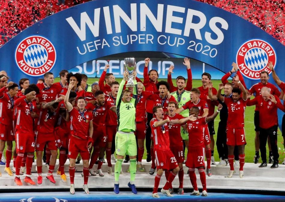 Bayern Múnich venció a Sevilla en suplementario y levantó la Supercopa