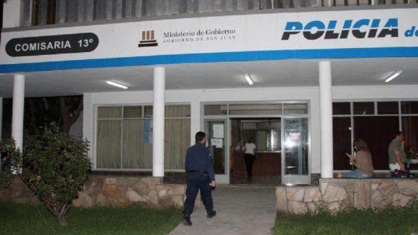 Detuvieron a un delincuente cuando desvalijaba una casa en Rivadavia