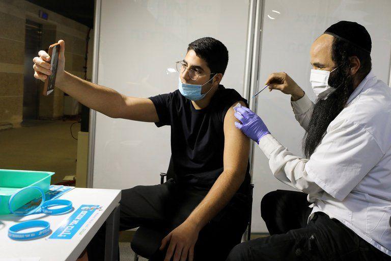 Israel busca producir vacunas en Argentina