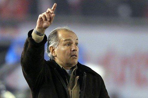 Sabella confirmó su renuncia como técnico de Estudiantes