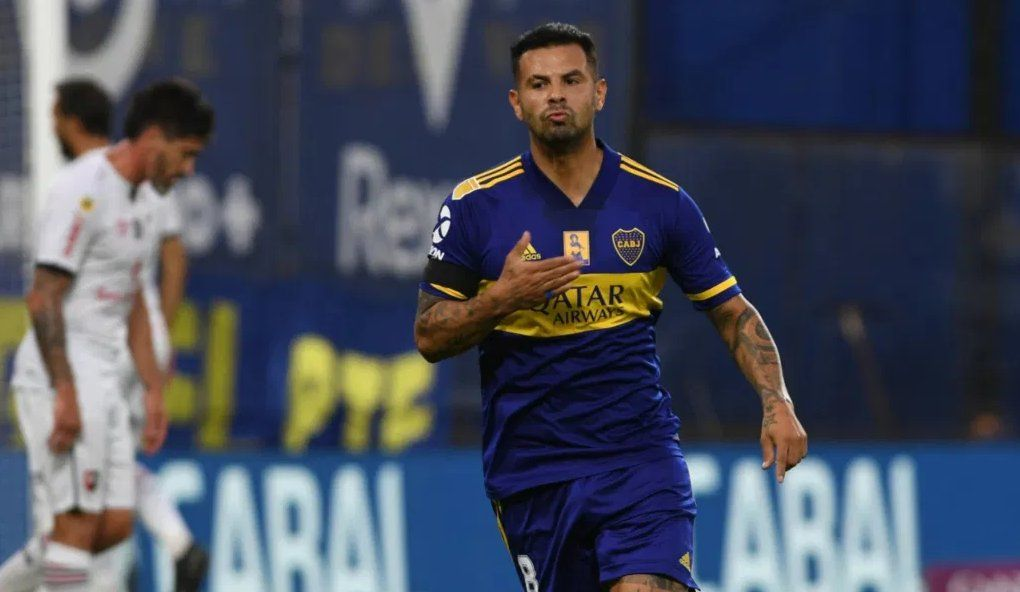 Boca logró que Cardona pueda jugar ante Racing en San Juan