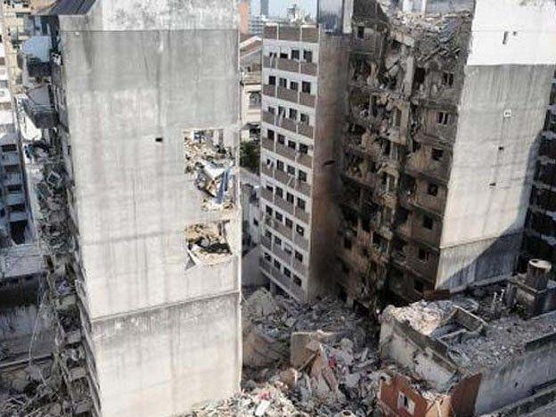 La Justicia autorizó demoler una de las torres de la tragedia de Rosario