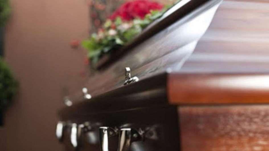 Una mujer fue sepultada y 13 días después ¡apareció viva!
