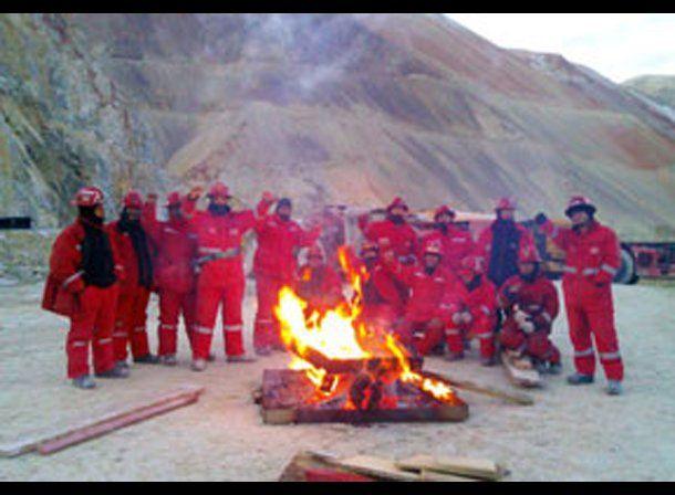 Trabajadores iniciaron una huelga en Pascua Lama a 5.000 metros de altura