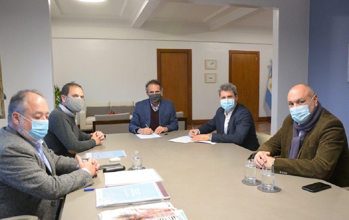 Sergio Uñac logró rubricar el acuerdo por el Hospital de Calingasta con el ministro Katopodis.