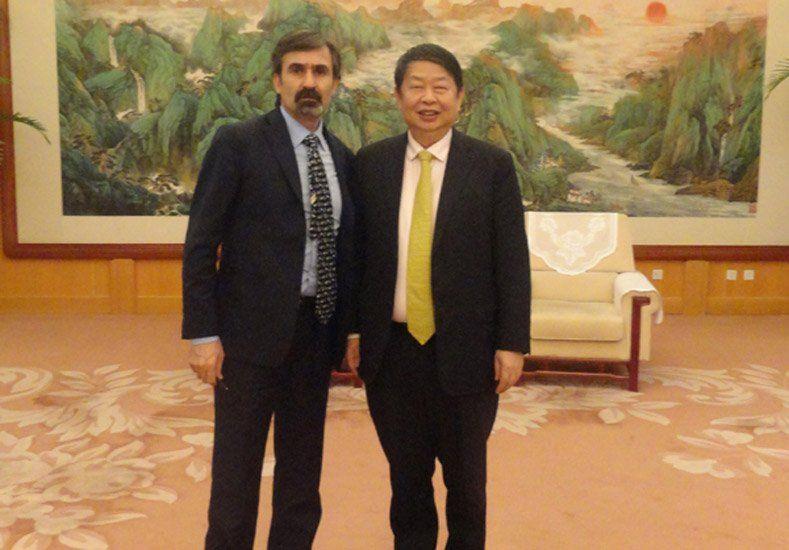 Barrick anunció una alianza estratégica con Zijin Mining Group de China