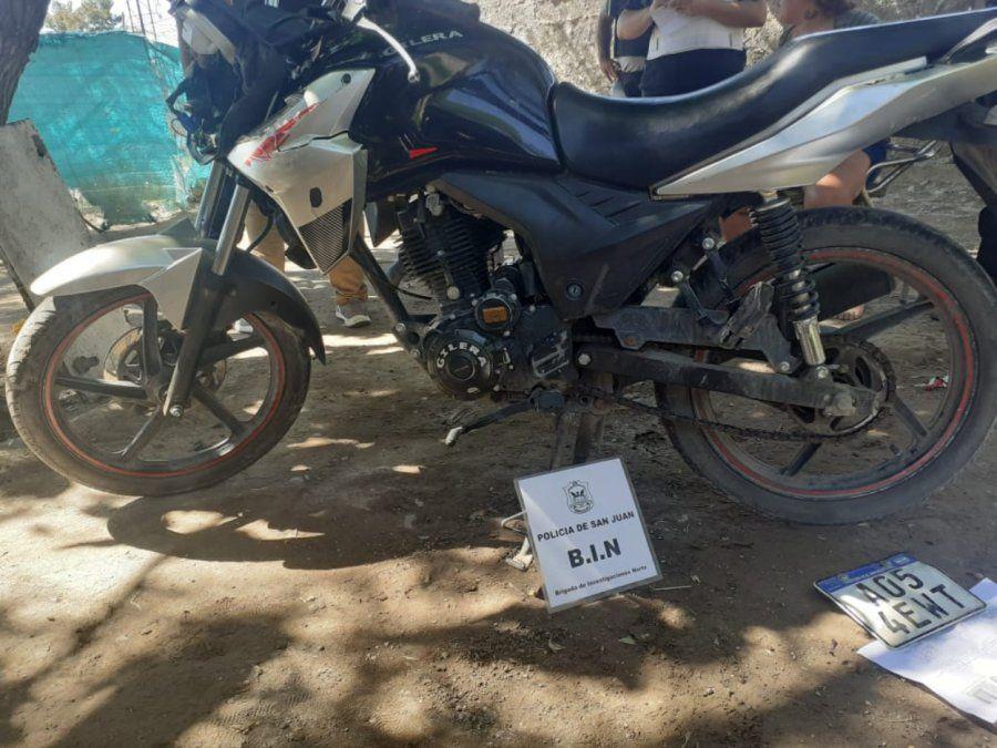 Secuestro de una de las motos robadas.