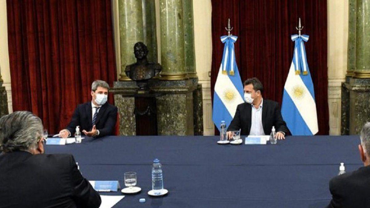 Uñac se reunió con Massa en busca de inversiones para el sector vitivinícola