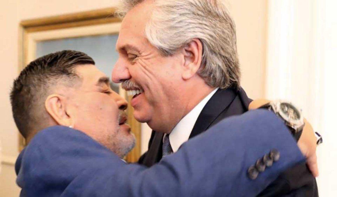 El Presidente decretó tres días de duelo por la muerte de Maradona