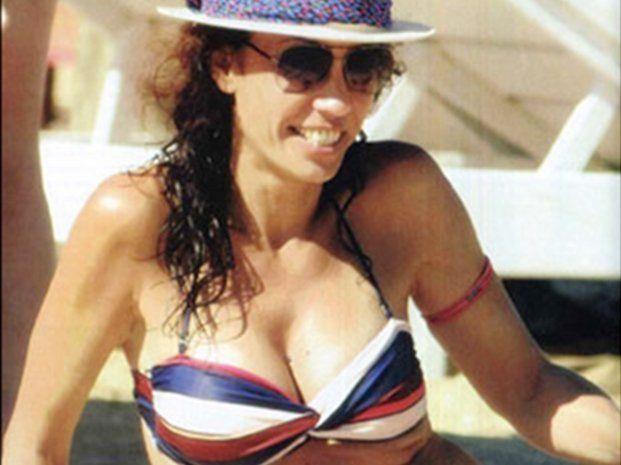Ernestina Pais, orgullosa de sus nuevas lolas