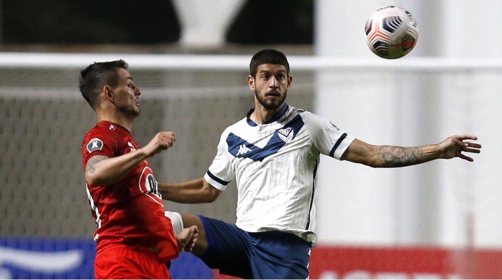Vélez ganó en Chile y sigue vivo en la Libertadores. Foto: @velez