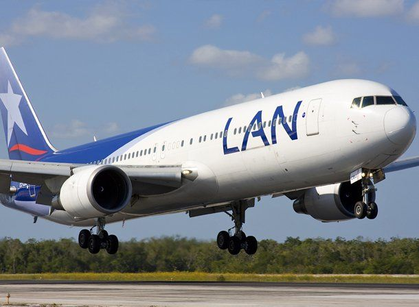 Gioja anunció que LAN hará vuelos San Juan- Buenos Aires sin escalas