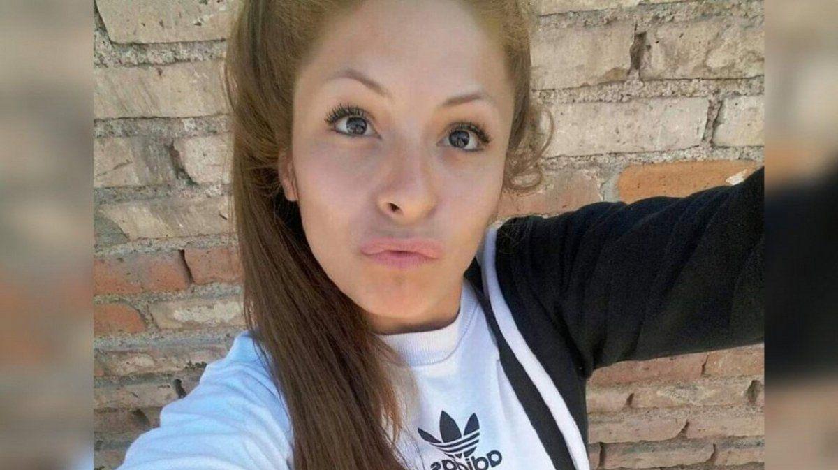 Murió la joven que fue prendida fuego por la ex de su novio