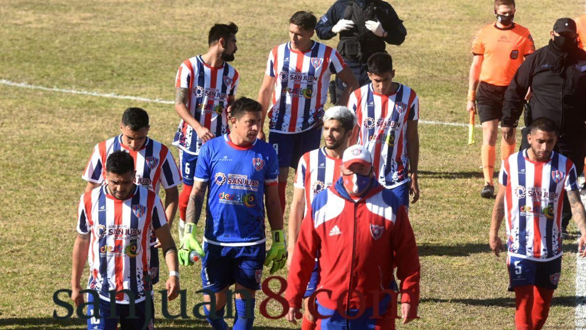 Peñarol igualó con Sansinena en Chimbas. Foto: Adrián Carrizo.