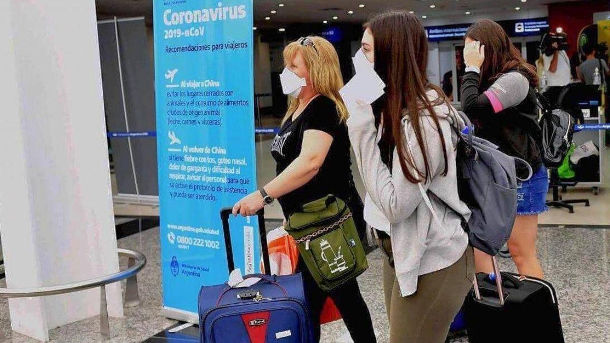 Comienzan los testeos a pasajeros provenientes de Brasil